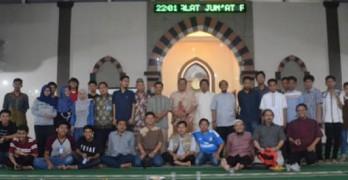 Hidayatullah.com: Malam Minggu, Remaja Masjid Al-Mujahidin Kukusan Bahas Cara Makmurkan Masjid melalui Media Sosial